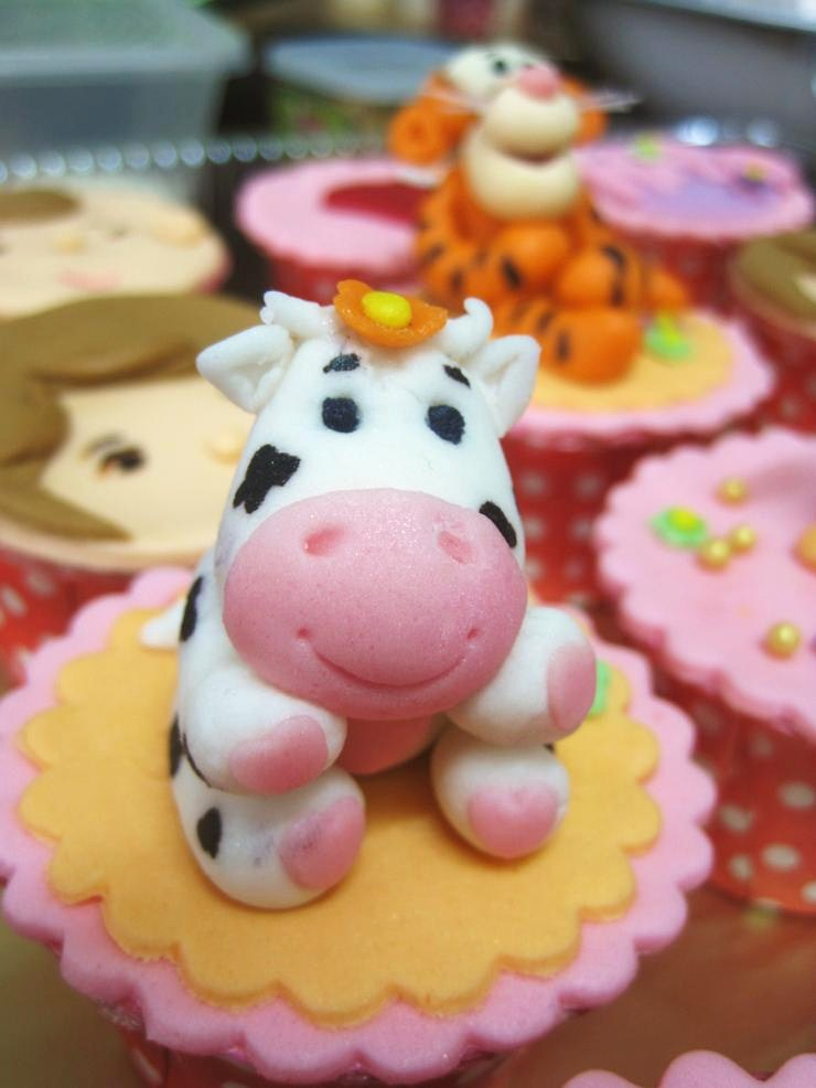 Art By Cow Cake : Pin Pin Fondant Cow Cake Topper By Ediblesugarart On Etsy ...