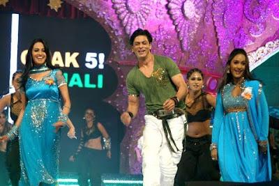 Shahrukh dance at IIFA 2010
