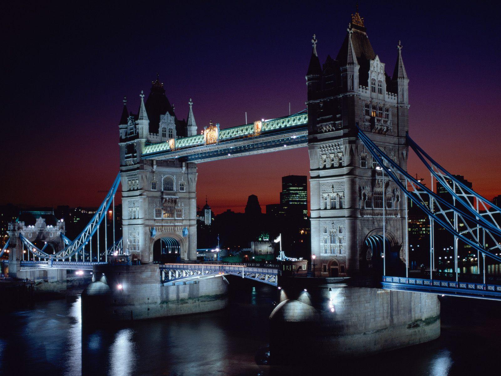 http://1.bp.blogspot.com/_aWMnfa5g5E0/TMZl3tqi1mI/AAAAAAAABGQ/-i4bw3n5qkE/s1600/Tower+Bridge+at+Night,+London,+England.jpg