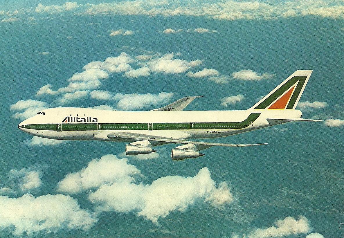 Jet Privato Alitalia : The traveler s drawer alitalia b aircraft