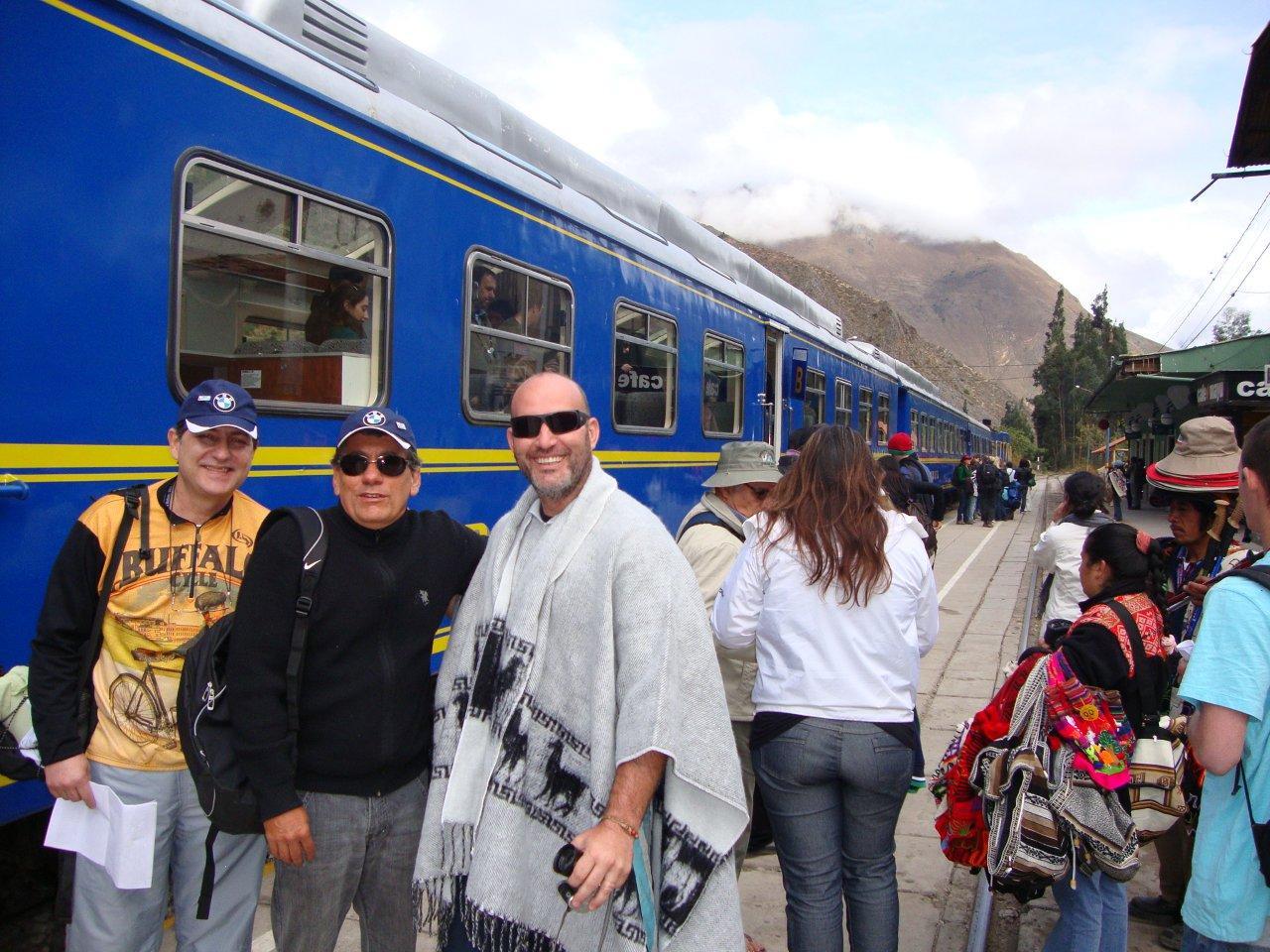 Galápagos Mototour 2010: Outubro 2010 #123D8E 1280 960