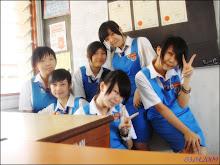 school life❤