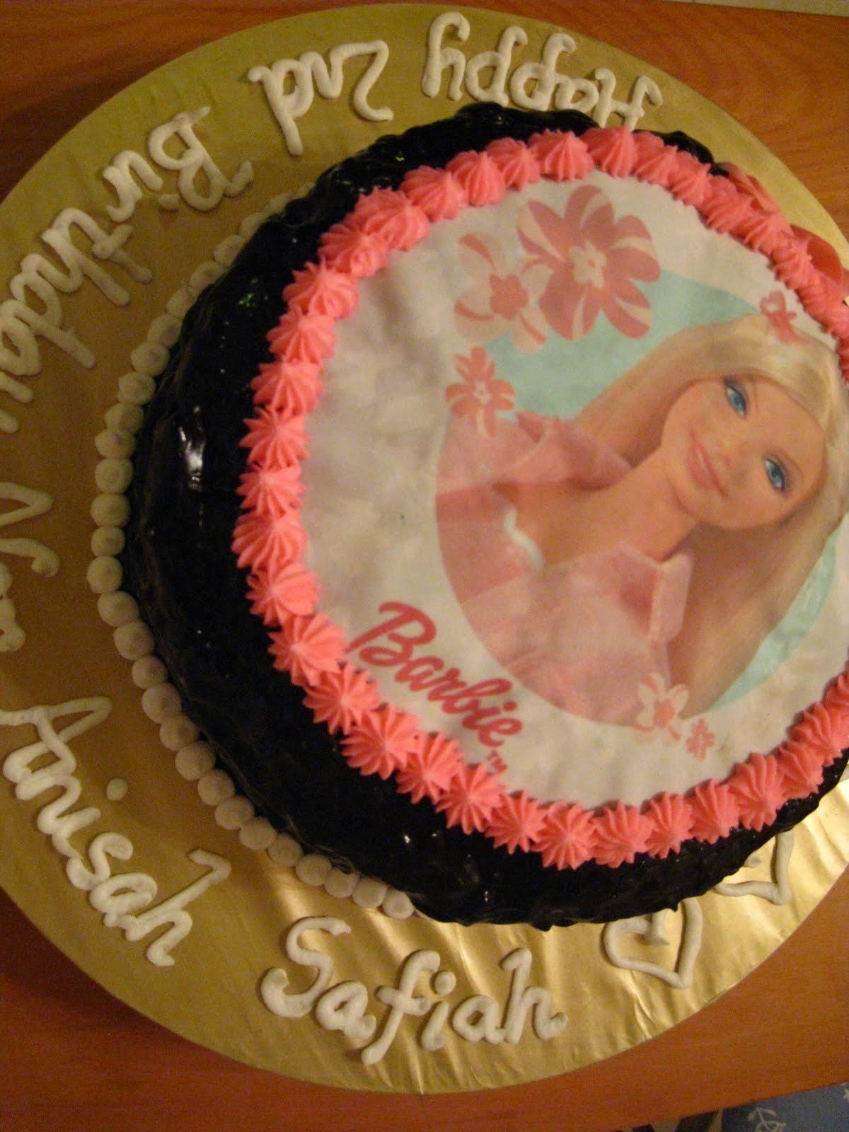 Barbie Chocolate Cake Images : Loves Desserts: I m a Barbie Girl