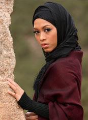attractive muslim girl