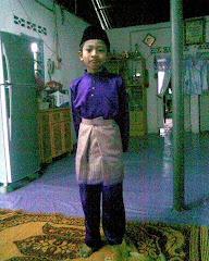 Afiq Dengan Baju Raya