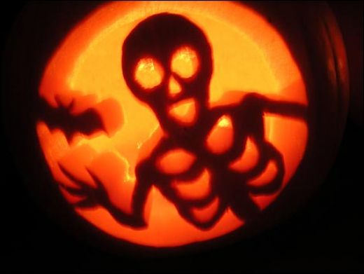 3D Pumpkin Carving Patterns http://www.mass-imo.com/2010/10/pumpkin-carving-skeletons.html