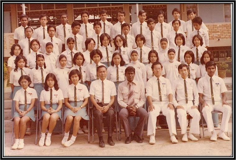 School Prefects SMDHHY, Renggam, Johor