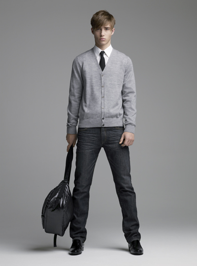 [uniqlo-fall-07-look-book-6.jpg]