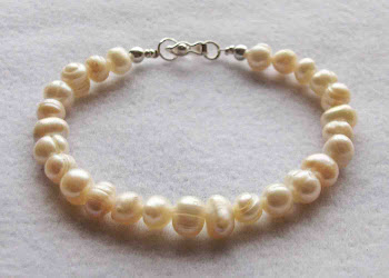 Cod 2363  Pulsera perlas de rio con broche de plata S/ 45.00 nuevos soles