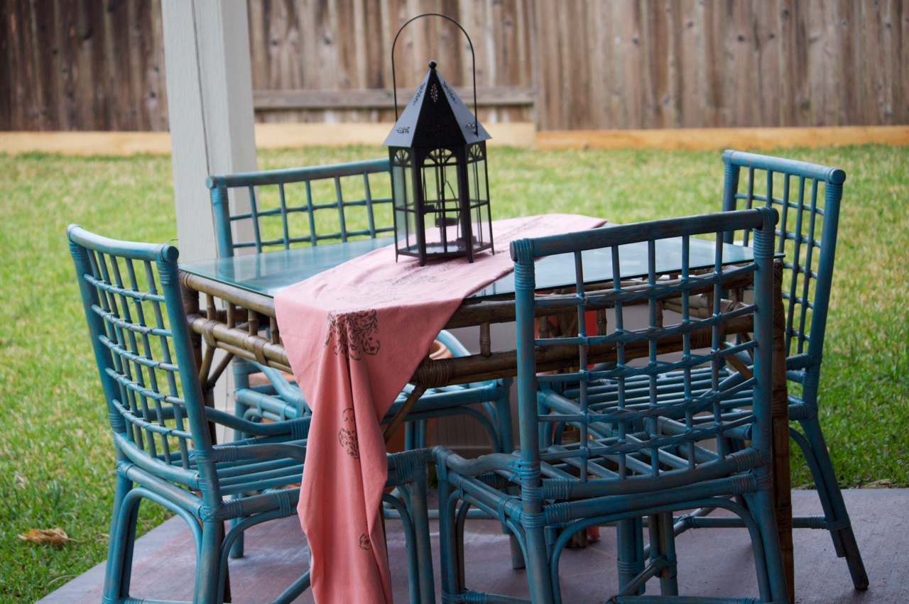 Finesse Your Nest Patio Table DONE