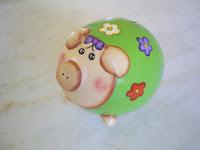Cofre porquinho verde com flores