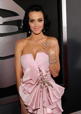 Katy Perry's Jewelry Style 3