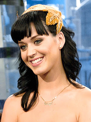 Katy Perry's Jewelry Style 1