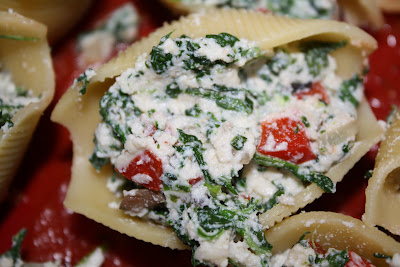 Stuffed Shells with Ricotta, Spinach, and Portobello Mushrooms | Two ...