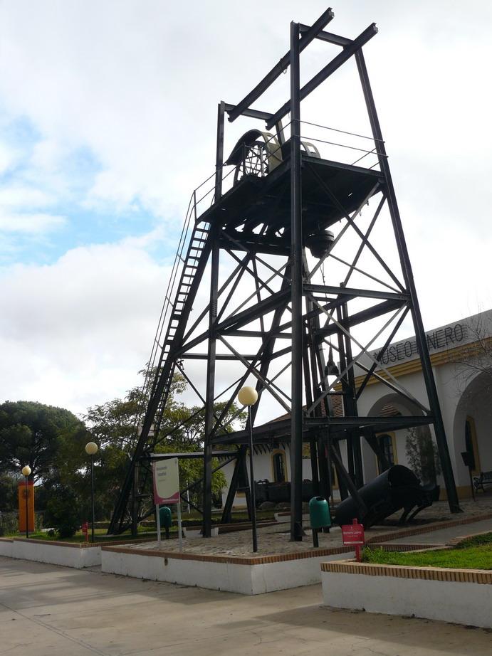 Malacate Masa Planes. Actualmente recuperado por Fundación Rio Tinto ...