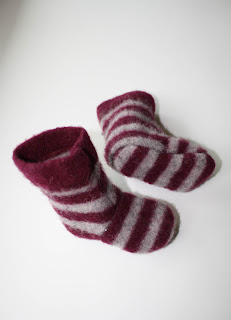 Recycled Sweater Slippers Tutorial