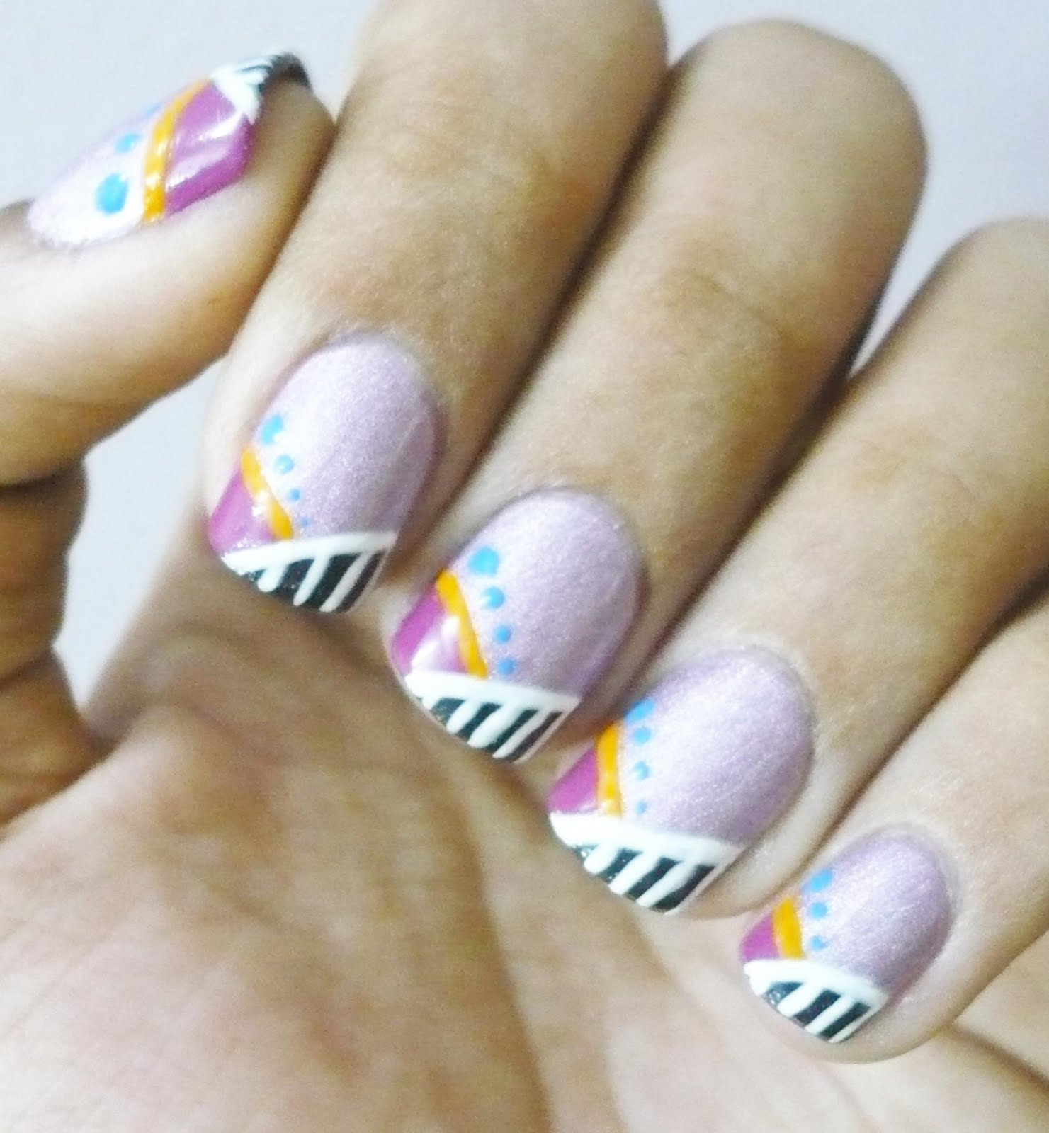 The Chain Nail: Nail art with Color Club - Fashion Addict