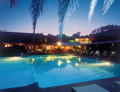 piscine de nuit hotel roi theodore porto vecchio