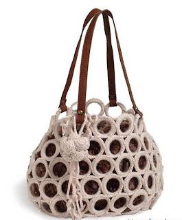Вязание сумок: сумка мешок из колечек.