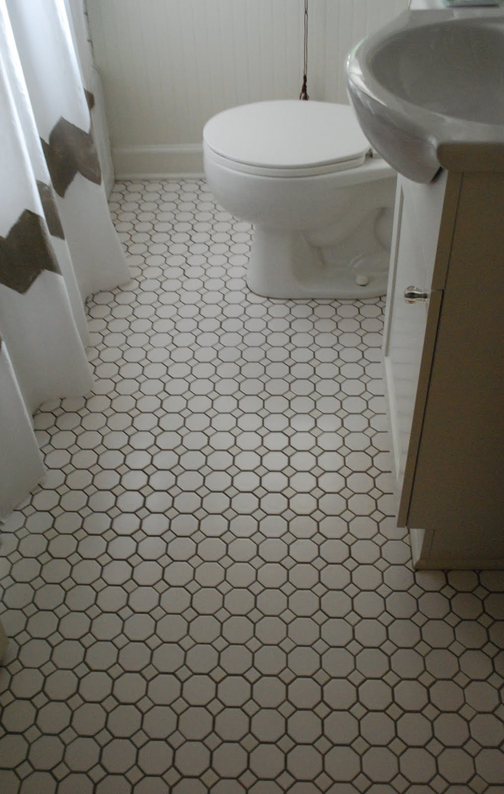 Grout bathroom floor tile