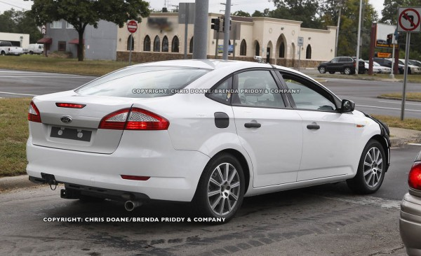 car scoop  SPY SHOTS  2012 2013 Ford Fusion Ford Mondeo Lincoln MKZ