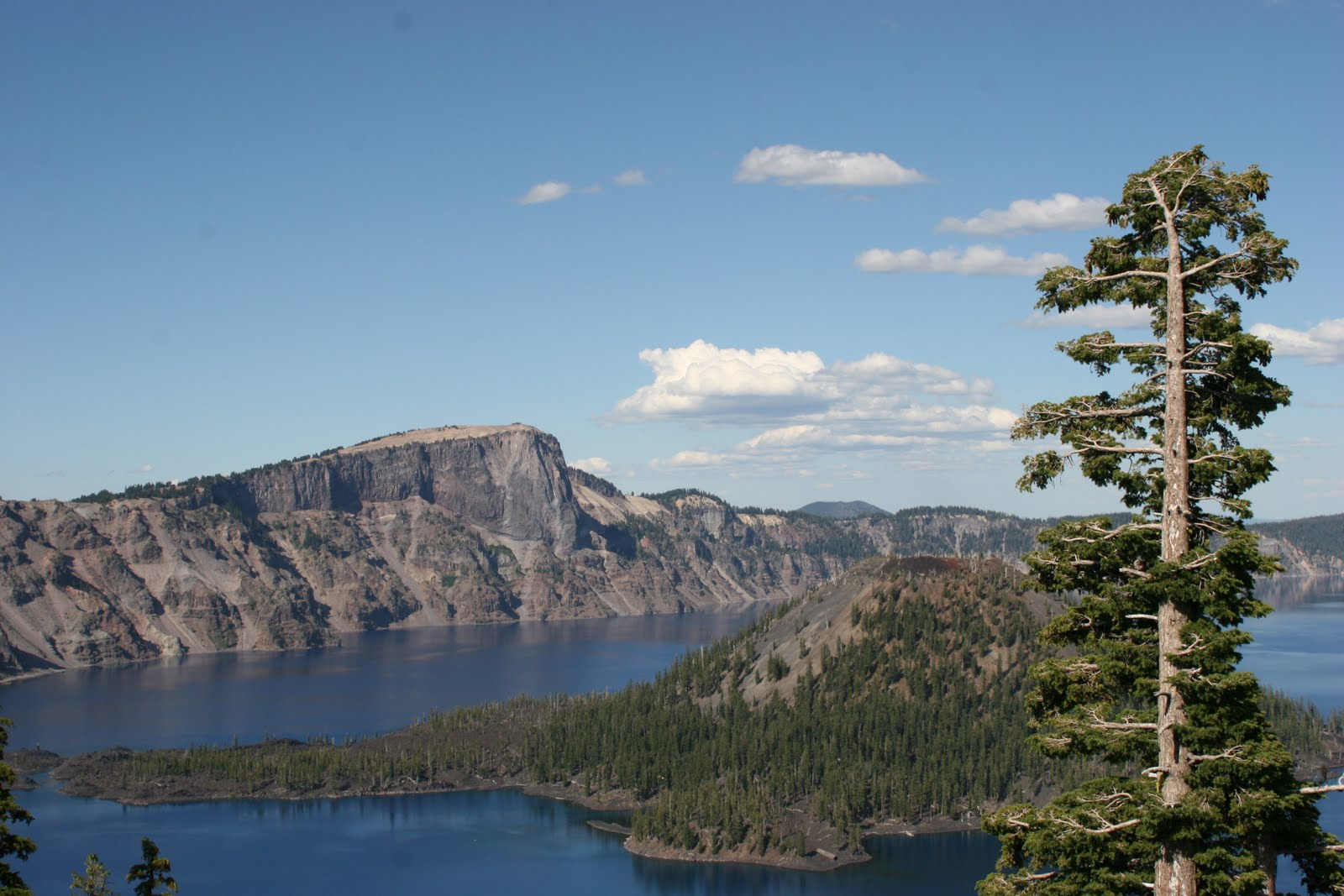 [Crater+Lake+National+Park+(25).JPG]