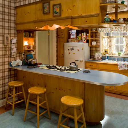 The color palettes that will make your home look outdated for 60s kitchen ideas