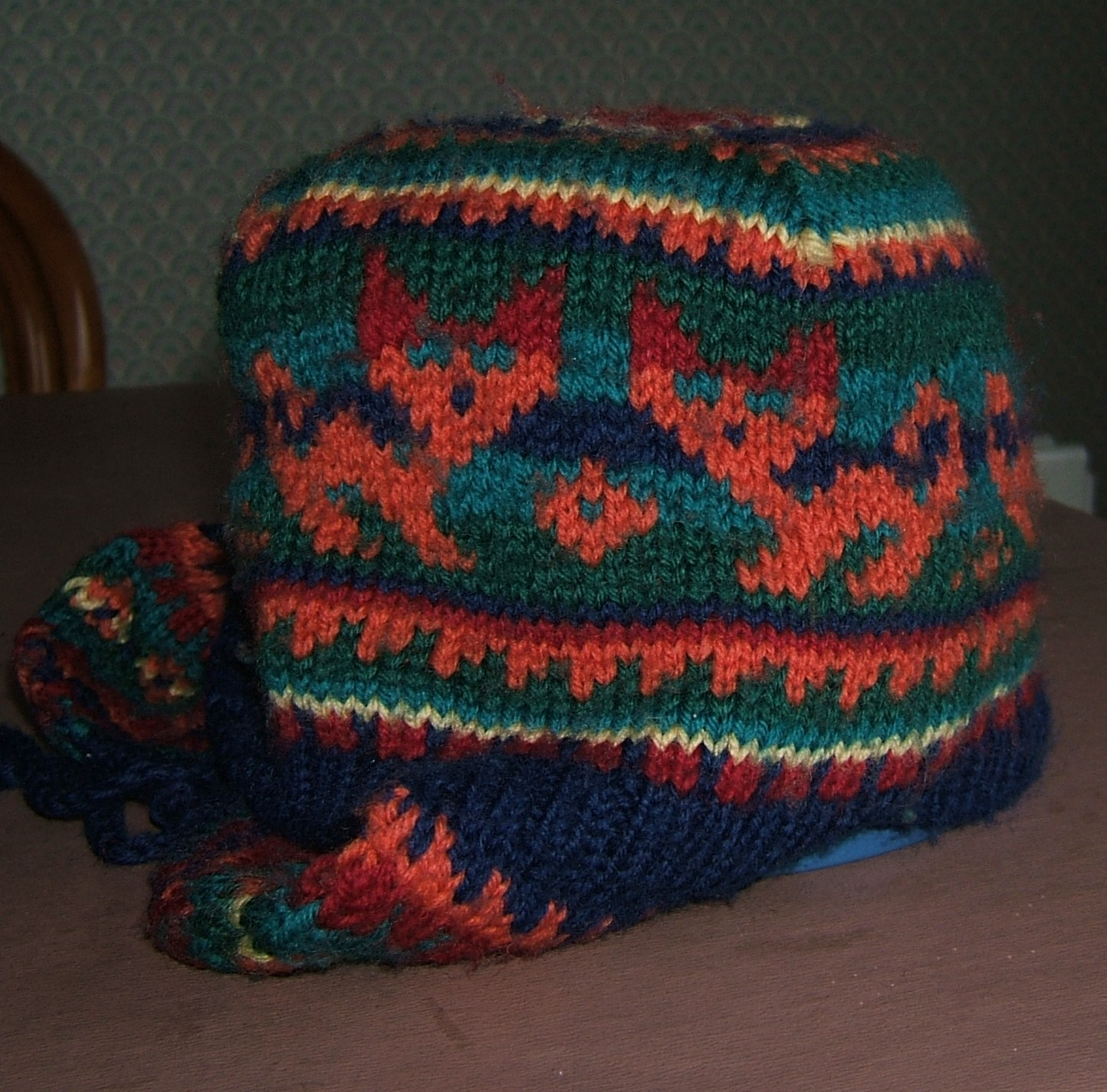 Maryoms Home Page: knitting - childrens fair isle hats