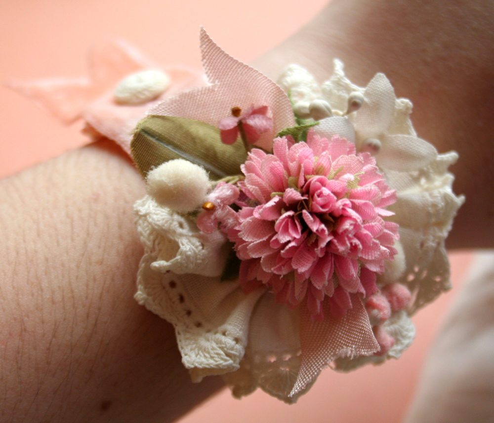 how to make a wrist corsage for flower girls