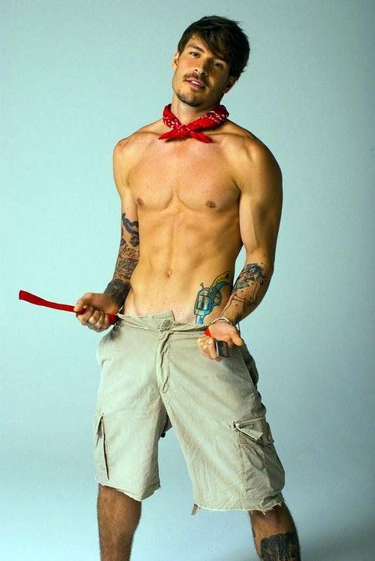Wonderful Pictures By Mateus Verdelho With Gun Tattoo ... Channing Tatum Instagram