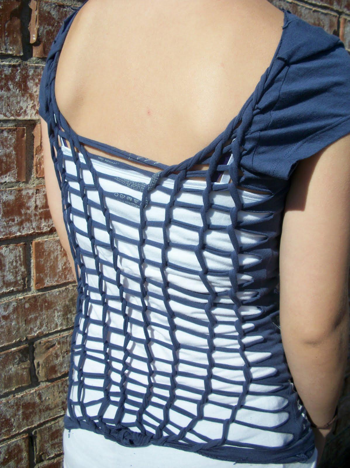http://1.bp.blogspot.com/_apfF2E3ISIc/TNhMakuAYXI/AAAAAAAAABU/blwYkA8XPIk/s1600/Sarah%27s+shirts+023.jpg