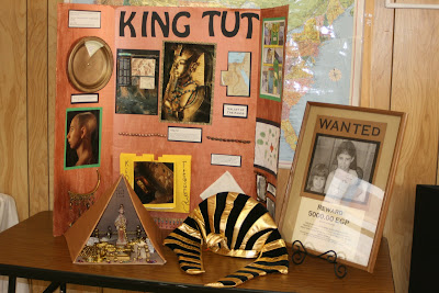 king tut persuasive essay At the end of this page your team will find persuasive writing help to help the team write the persuasive essay the team will then create a group powerpoint presentation explaining what they believe happened to king tut and why they believe this.
