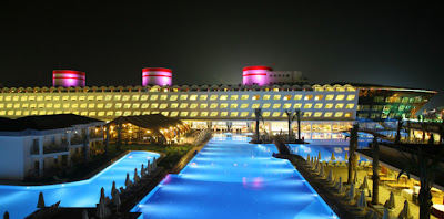 queen elisabeth 2 hotel in Dubai