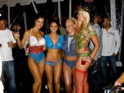 girls bodypaint