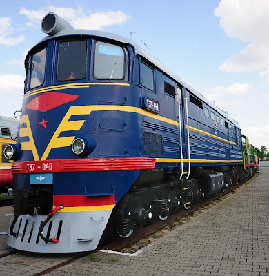 rails locomotive