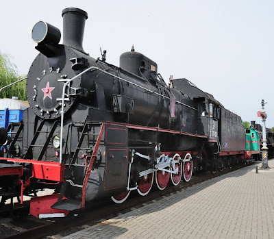 rails locomotive