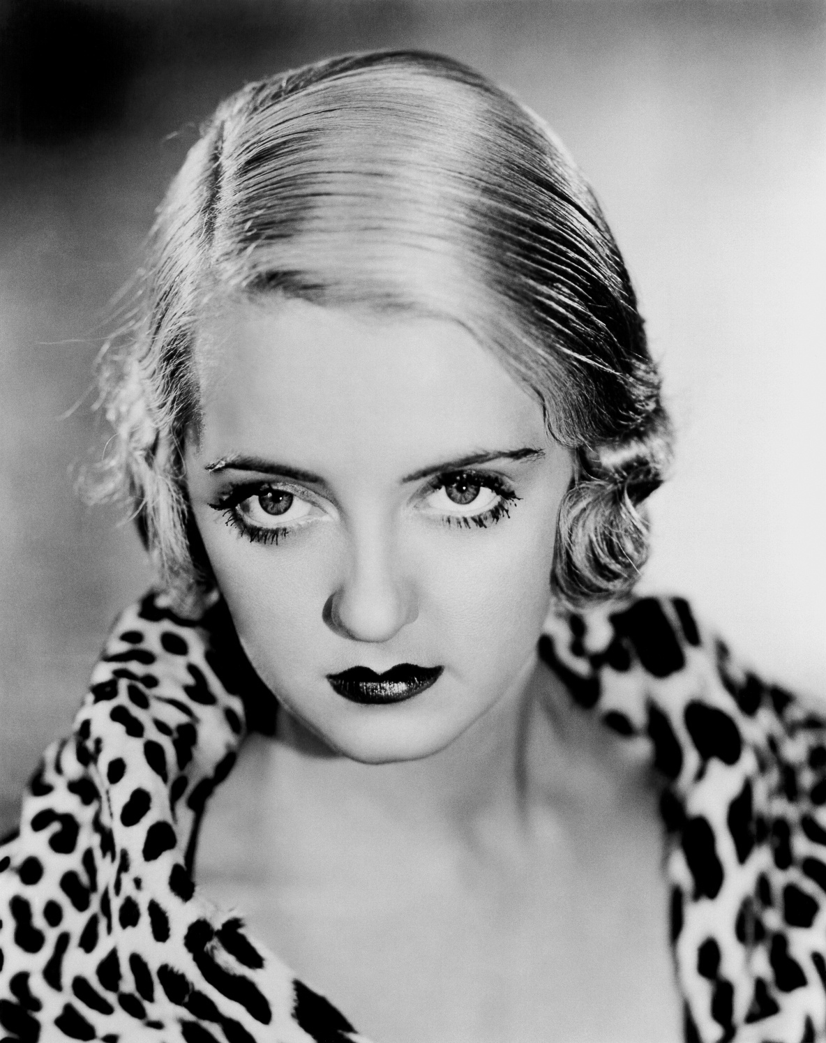 Bette Davis - Wallpapers