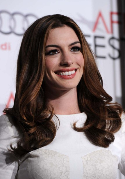 Anne Hathaway Wallpaper Hd. pictures of anne hathaway in
