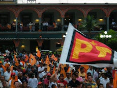 Veracruz Ondeando la bandera