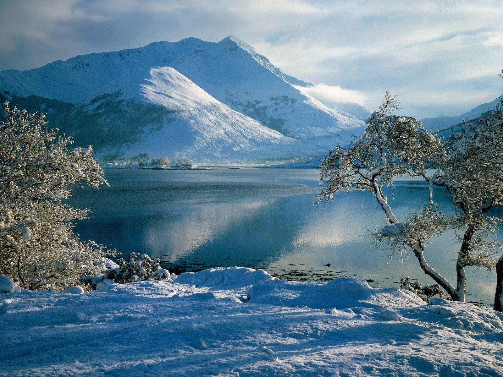 4 Kar manzaralı hd masaüstü resimleri