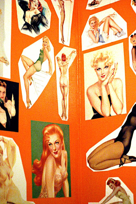 Pinups At Lucy's Loo.