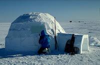 [Image: inupiat-eskimo-igloo_438.jpg]