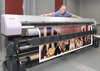 ... gambar ukuran yang cukup besar, seperti gambar mesin dan konstruksi