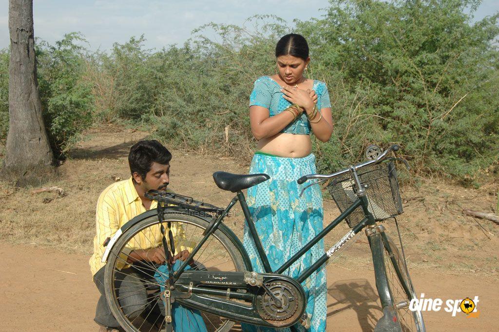 kavarchi: கவர்ச்சி படங்கள்