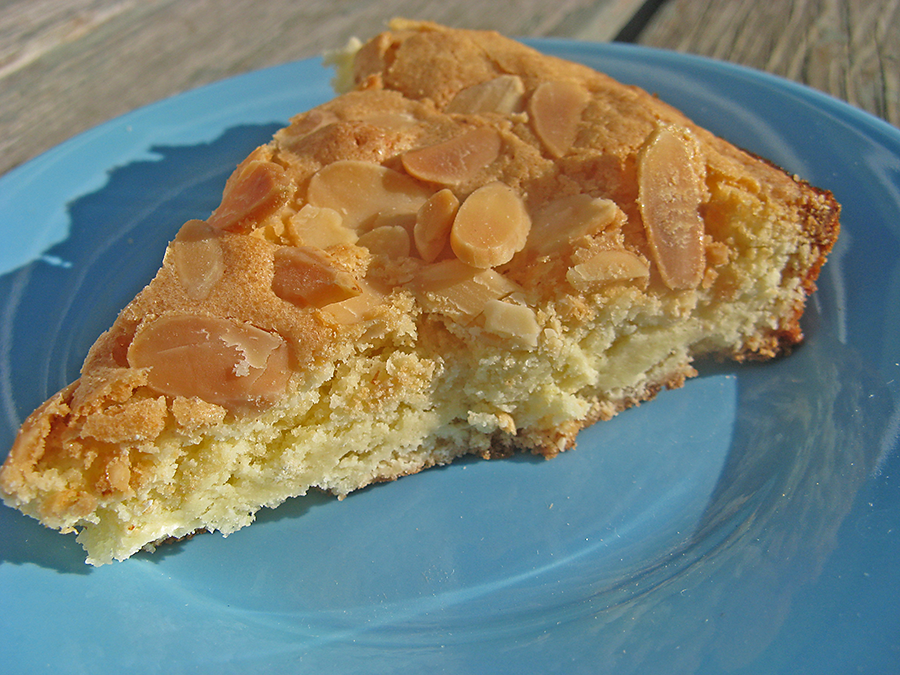 Lighter and Local: Tuppakaka: Swedish Almond Cake