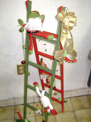 Arte gryss adornos navide os - Escaleras decoradas en navidad ...