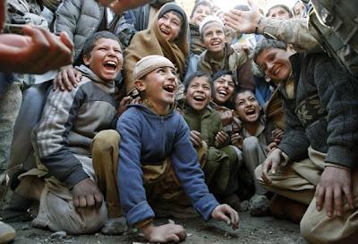 Jóvenes afganos