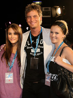 Natalie Blair, Dan OConnor, Eliza Taylor-Cotter 2007 MTV Australia Video Music Awards