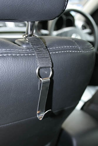 mini diy grocery hook for car seat. Black Bedroom Furniture Sets. Home Design Ideas