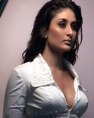 Kareena Kapoor Sexy Kiss